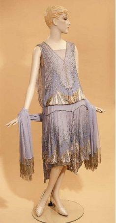 Exhibit spotlights fashion of 1920s, '30s   The Journal Gazette