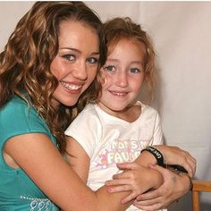 Miley will be presenting Noah tonight at the iheartradio music awards! #mileycryus #noahcyrus #sisters #mileyandliam #love #miam #cyrusfamily #cyrusvscyrus #iheartradio