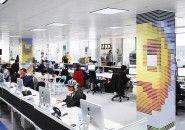 "Mosaico transforma mais de 21 mil Pantone chips em ""pixels reais"""