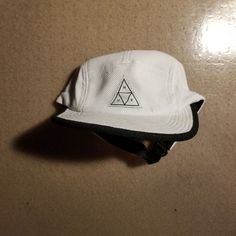 WHITE HUF TRIANGLE 5-PANEL HAT  fashion  clothing  shoes  accessories   mensaccessories  hats  ad (ebay link) 6136c487483d