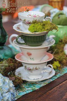 Alice in Wonderland, china tea cup centerpiece, farm tables