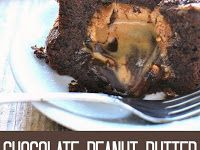 Chocolate Peanut Butter Lava Cakes Chocolate Peanuts, Chocolate Peanut Butter, Australian Food, Lava Cakes, Mashed Potatoes, Beef, Ethnic Recipes, Whipped Potatoes, Meat
