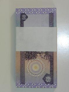 200x50 New Iraqi 50 Dinar Notes Uncirculated Two Bundles Ships Daily 1720uc
