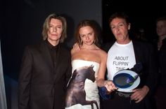 Paul McCartney, Stella McCartney and David Bowie - VH1 Vogue Fashion Awards, Oct. 2000 Photo by: Kevin Mazur/WireImage.com