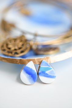 DIY Marbled Clay Earrings how to from MichaelsMakers A Pumpkin And A Princess