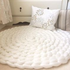 Bedroom Rug Neutral Rug Giant Knit Rug Crochet Rug White Rug New Etsy listing. Giant yarn hand crocheted into a rug in a beautiful off white. The post Bedroom Rug Neutral Rug Giant Knit Rug Crochet Rug White Rug appeared first on Yarn ideas. Knit Rug, Chunky Blanket, Hand Knit Blanket, Chunky Knit Throw, Knit Pillow, Chunky Crochet, Cosy Corner, Arm Knitting, Giant Knitting