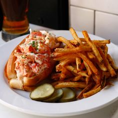 lobster roll / Oyster House; Philadelphia