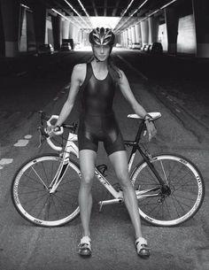bicycle-babe:  Bicycle girl  http://bicycle-babe.tumblr.com/