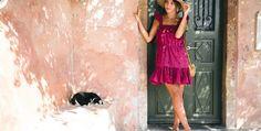 Por su ligereza, resistencia y su encanto, los bolsos de mimbre se cuelan en nuestra lista de imprescindibles para nuestros 'outfits' del verano. ¿Te atreves con el que fue el bolso predilecto de la icónica Jane Birkin?