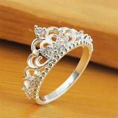 Stylish Jewelry, Cute Jewelry, Jewelry Accessories, Jewelry Design, Cute Rings, Pretty Rings, Beautiful Rings, Tiara Ring, Gold Ring Designs