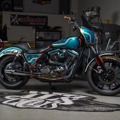 @nickleonetti 's teal breeze #fxr #bigalscycles #schultzdesignz #unknownindustries  @justingeorgephotos