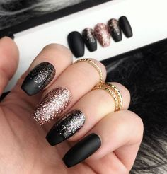 Black rosegold glitter nails in 2019 nail art polish designs Black Nail Designs, Winter Nail Designs, Nail Art Designs, Nails Design, Blue Gold Nails, Gold Glitter Nails, Matte Nails, Black Sparkle Nails, Glitter Makeup