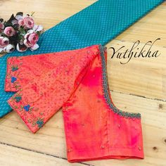 Customised embroidered Blouses from the house of Yuthikha Karur ! Wear your simple unique blouses with us ! Simple Blouse Designs, Stylish Blouse Design, Blouse Neck Designs, Cotton Saree Blouse Designs, Wedding Saree Blouse Designs, Designer Blouse Patterns, Embroidered Blouse, Nike, Work Blouse