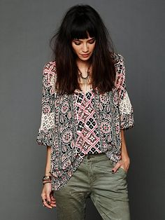 Printed Bubble Sleeve Tunic http://www.freepeople.com/whats-new/printed-bubble-sleeve-tunic-26268334/