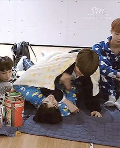 Nct Winwin, Nct Life, Jung Jaehyun, Jaehyun Nct, Kokoro, Cute Cartoon Wallpapers, Handsome Boys, Taeyong, Boyfriend Material