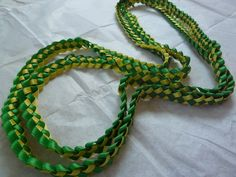 Ribbon Lei -- great for graduations in school colors :)