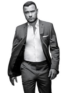 Ray Donovan's Liev Schreiber: All You Need to Know | Vanity Fair