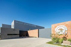 Galería de Taleny School / Aro Estudio - 13