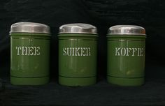 Dutch enamel storage cans Vintage Country, Vintage Green, Retro Vintage, Holland, Happy Mother Day Quotes, Good Old Times, The Old Days, My Memory, Vintage Table