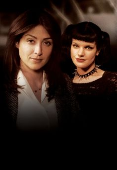 "Season 1 - Promo - Sasha Alexander as Caitlin ""Kate"" Todd & Pauley Perrette as Abigail ""Abby"" Sciuto"