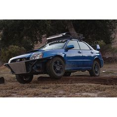 off-road Subaru Impreza