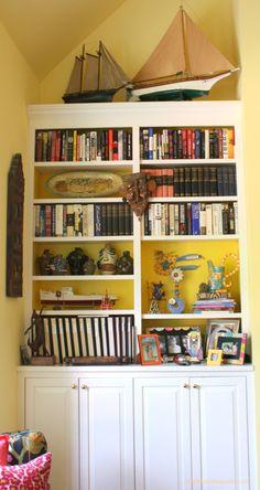 Garage Door Painted To Look Like A Bookshelf Nerd Fun