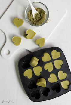 Geschenke aus der Küche: Solid Body Lotion Bars mit Matcha & Lemongras & Free-printable-Labels zum Ausdrucken, selbstgemacht