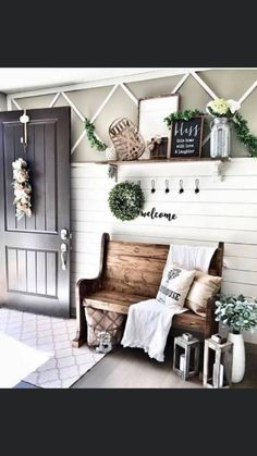 Home Living Room, Living Room Decor, Decorating Small Living Room, Bedroom Decor, Dining Room, Small Entryway Bench, Kitchen Entryway Ideas, Front Entryway Decor, Cottage Entryway