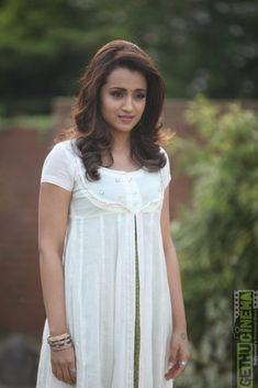 Bollywood Actress Hot Photos, Bollywood Girls, South Indian Actress Hot, Beautiful Indian Actress, Hot Actresses, Indian Actresses, Trisha Actress, Trisha Photos, Women Wearing Ties