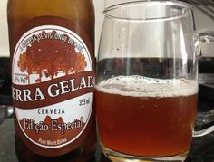 Cerveja Serra Gelada Edição Especial , estilo American Amber Ale, produzida por Cervejaria Serra Gelada, Brasil. 5% ABV de álcool.