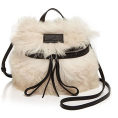 Marc By Marc Jacobs Canteen Color Block Fur Crossbody (2.405 BRL) ❤ liked on Polyvore featuring bags, handbags, shoulder bags, black multi, black fur handbag, fur handbags, fur purse, colorblock handbags и color block handbag