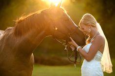 unique bridal photo shoot with horses