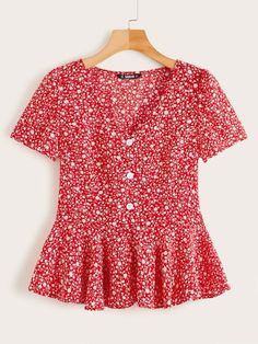 Ditsy Floral Button Front Ruffle Hem Top Check out this Ditsy Floral Button Front Ruffle Hem Top on Shein and explore more to meet your fashion needs! Ditsy Floral, Floral Tops, Floral Lace, Red Fashion, Fashion Outfits, Fashion Styles, Summer Shirts, Summer Blouses, Blouses For Women