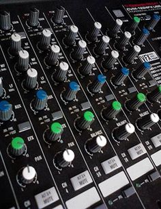Ten Tips For Mixing Guitars In Recordings