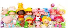 This Strawberry Shortcake Nostalgia Will Make You Berry Happy| All the dolls and their pets hangin' out like a berry happy family.