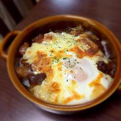 ホワイトソースを作る時間がないときは、カレーの上に卵と多めのチーズで簡単カレードリアに♪ - 8件のもぐもぐ - 卵でカレードリア by pinkvino