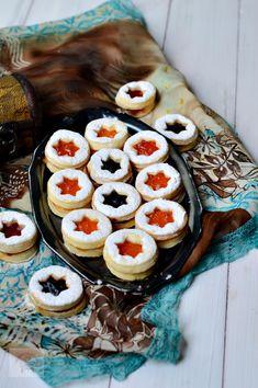 Biscuiti sarati cu parmezan si rozmarin - CAIETUL CU RETETE Biscotti, Waffles, Mango, Food And Drink, Pudding, Sweets, Cookies, Breakfast, Desserts