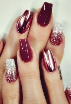Curso Online- Manicure e Pedicure Nails manicure and pedicure Nagellack Design, Nagellack Trends, Fancy Nails, Pink Nails, New Year's Nails, Glitter Nails, Manicure Y Pedicure, Pretty Nail Art, Best Acrylic Nails