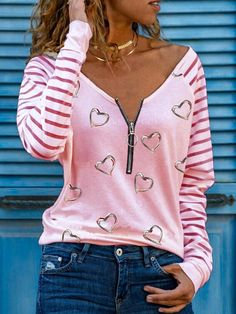 Style Casual, Basic Tops, Types Of Sleeves, Long Sleeve Tops, Ideias Fashion, Print T Shirts, V Neck, T Shirts For Women, Sexy Women