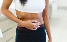 Calcoli biliari: sintomi, dieta, cure e rimedi naturali - I calcoli biliari sono agglomerati solidi costituiti da colesterolo o base pigmentata. Possono essere silenti o avere sintomi specifici quali dolore acuto all'addome o alla schiena. La cura principale è la colecistectomia, ma possono essere efficaci anche i rimedi naturali o una dieta adeguata.