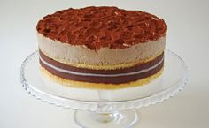 Ez egy nagyon finom csokoládés-marcipános-kávés torta, eredetileg Auguszt Elemér 80. születésnapjára készült. Nagyon megörültem, amikor...