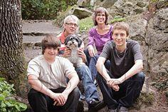 The whole doggone family!