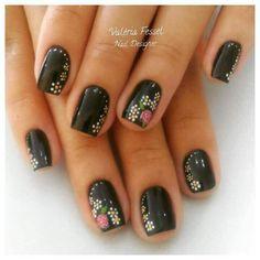 + 140 UÑAS NEGRAS DECORADAS | UÑAS DECORADAS - NAIL ART Hair Beauty, Nails, Floral, Design, Best Nail Designs, Nailed It, Nail Designs, Nail Art, Colors