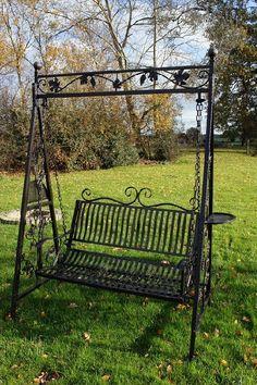 Leaf Design Garden swinging seat : Black Country Metalworks Ltd - Modern Backyard Swings, Pergola Swing, Diy Pergola, Porch Swing, Backyard Landscaping, Outdoor Swings, Garden Loungers, Garden Swing Seat, Garden Swings