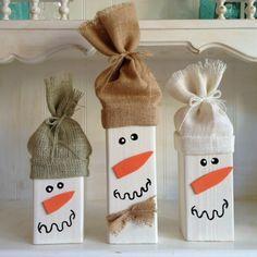 weihnachtsdekoration ideen diy upcycling holzfiguren schneemänner jute