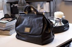 5 Ways to Pamper Mom for Mother's Day. Treat her to a new bag - Whether your mom lives for Louis Vuitton or something cute and kitschy from a small boutique is more her style, spring time is a great time to give Mom a new look with a new bag. http://www.kenlauher.com/feng-shui-tips/bid/84904/5-Ways-to-Pamper-Mom-for-Mother-s-Day