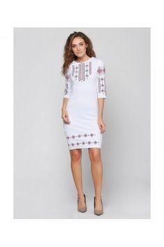 Ошатна біла сукня з вишуканою вишивкою-ромбами. Модель підкреслить  тендітність та витонченість вашої фігури 07adb63743db9