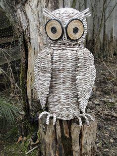 Bluebird Vintage, Newspaper Crafts, Blue Bird, Owl, Arts And Crafts, Weaving, Pets, Knitting, Profile