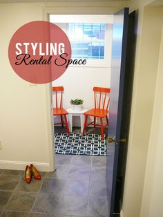 rental space styling. small spaces. decor on a budget. Contact: Splendor in Spanglish - Styling Services. Link in profile.