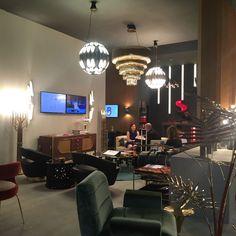 Discover the Top 50 Lighting Design Brands attending this year's ISaloni Milan   www.modernfloorlamps .eu #livingroomideas #uniqueblog #modernfloorlamps #contemporarylighting #modernhomedecor #interiordesignideas #interiordesignproject #homedesignideas #midcenturystyle #moderndesign #luxurydecor #uniquelamps